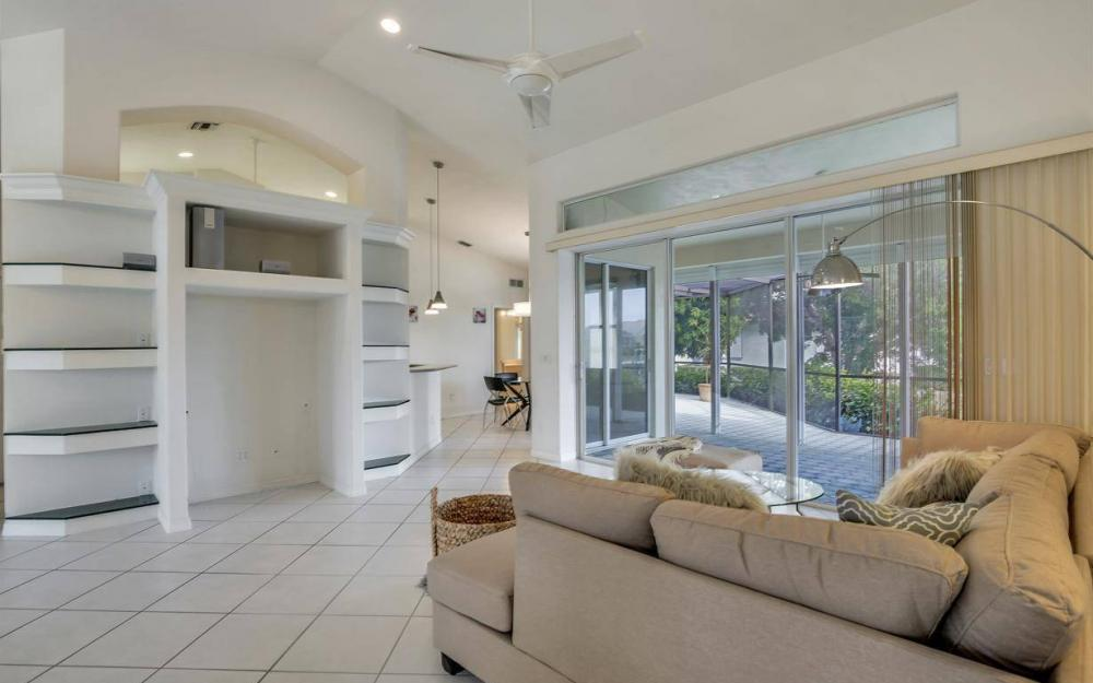 37 Templewood Ct, Marco Island - Home For Sale 993071452