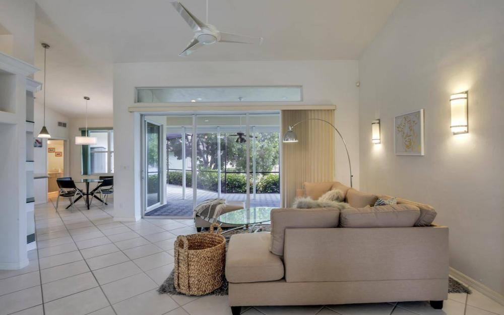 37 Templewood Ct, Marco Island - Home For Sale 2098980169