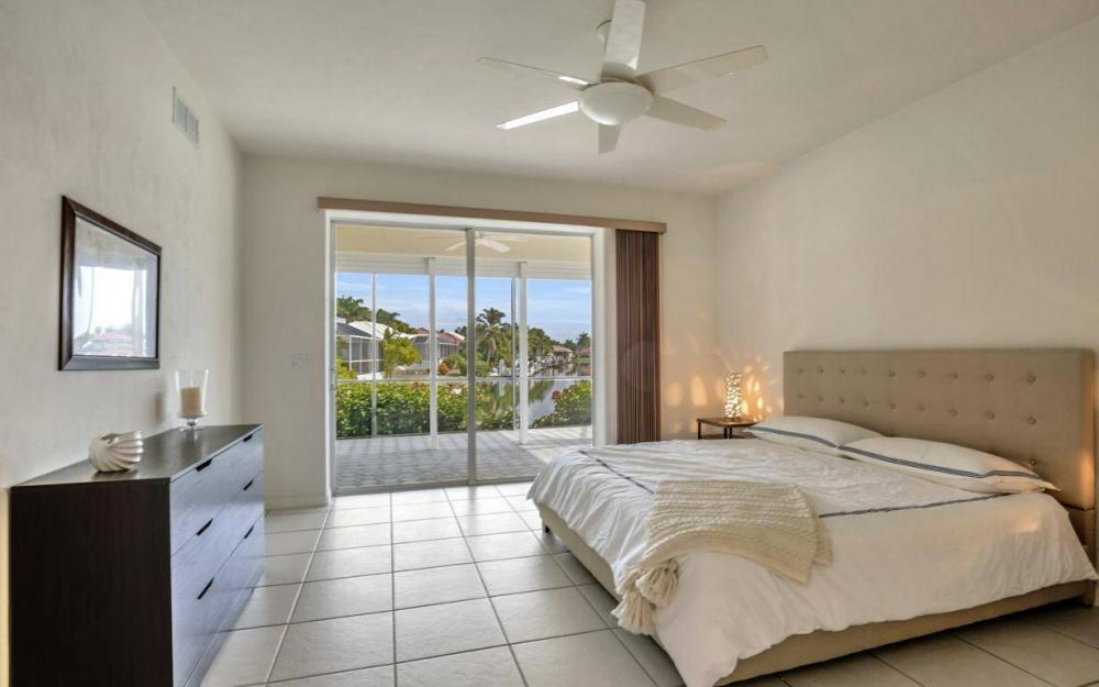 37 Templewood Ct, Marco Island - Home For Sale 369770797