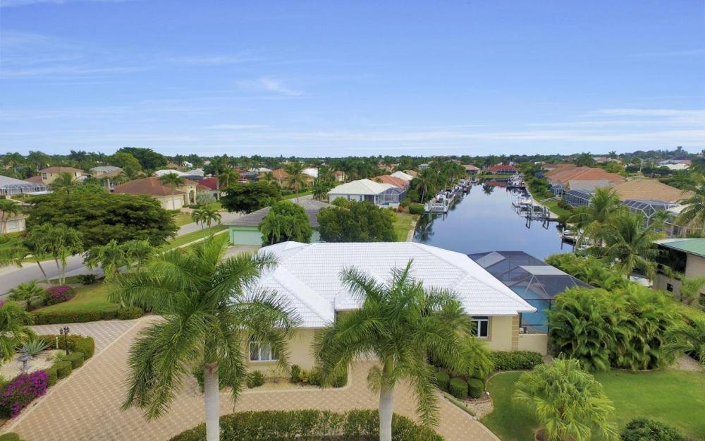 37 Templewood Ct, Marco Island - Home For Sale 35218278