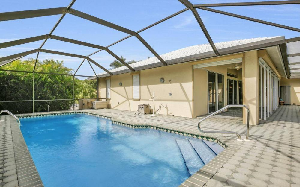 37 Templewood Ct, Marco Island - Home For Sale 817786193