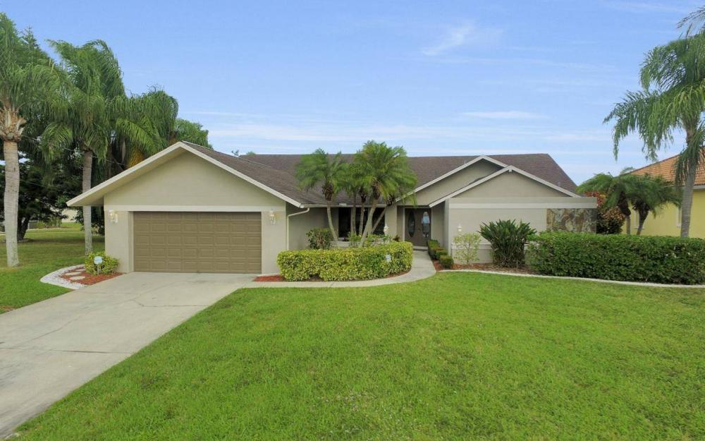 717 SW 49th Ln, Cape Coral - Home For Sale 29536195