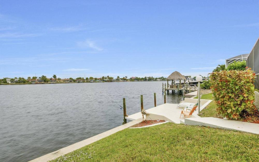 717 SW 49th Ln, Cape Coral - Home For Sale 240782146
