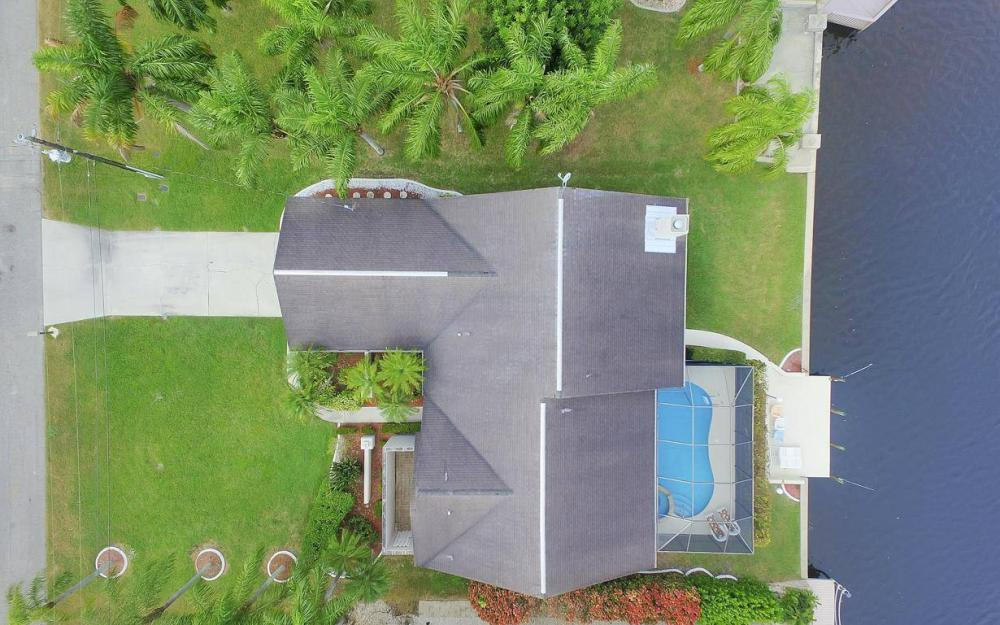 717 SW 49th Ln, Cape Coral - Home For Sale 2097494914