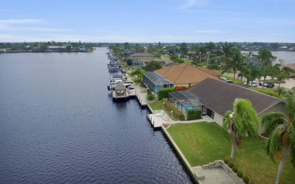 717 SW 49th Ln, Cape Coral - Home For Sale 1180076866