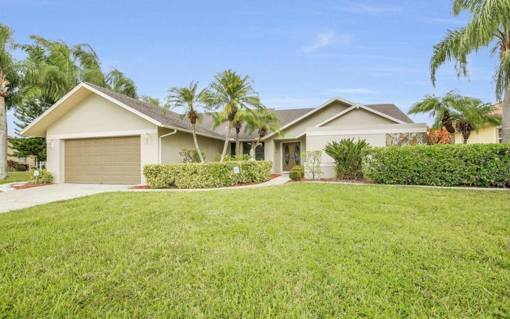 717 SW 49th Ln, Cape Coral - Home For Sale 1595424542