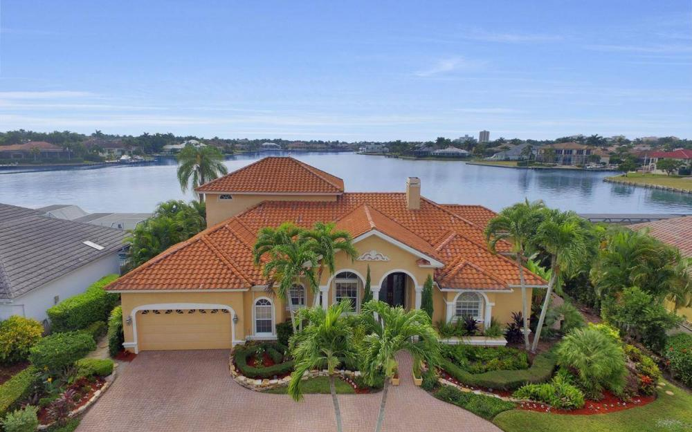 1275 Winterberry Dr, Marco Island - Home For Sale 2051777764