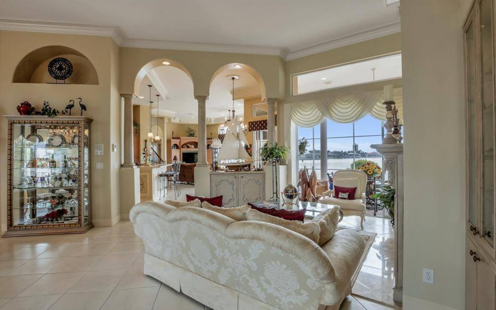 1275 Winterberry Dr, Marco Island - Home For Sale 679947736