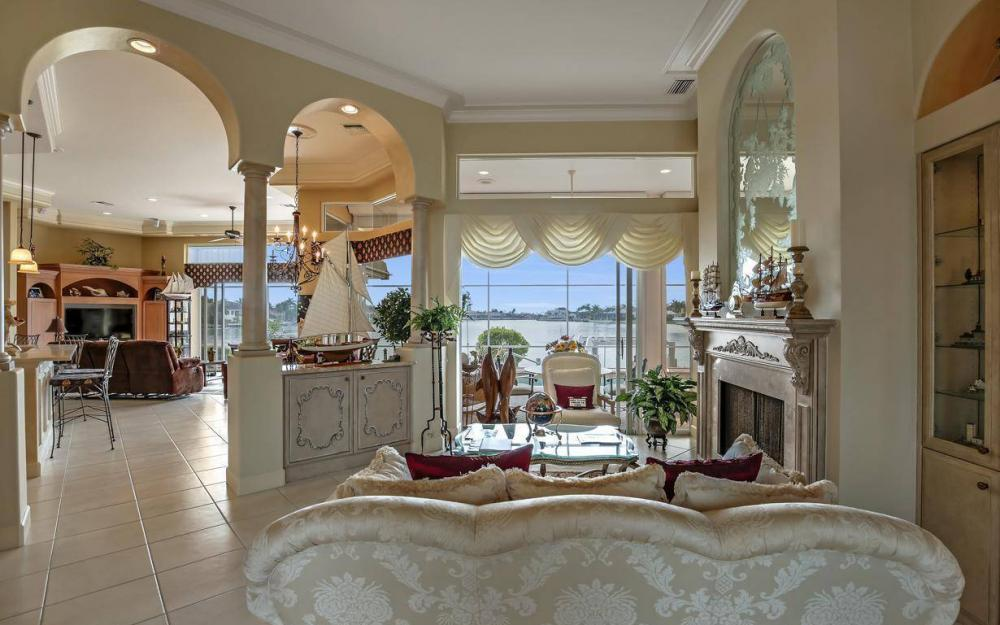 1275 Winterberry Dr, Marco Island - Home For Sale 1371508354