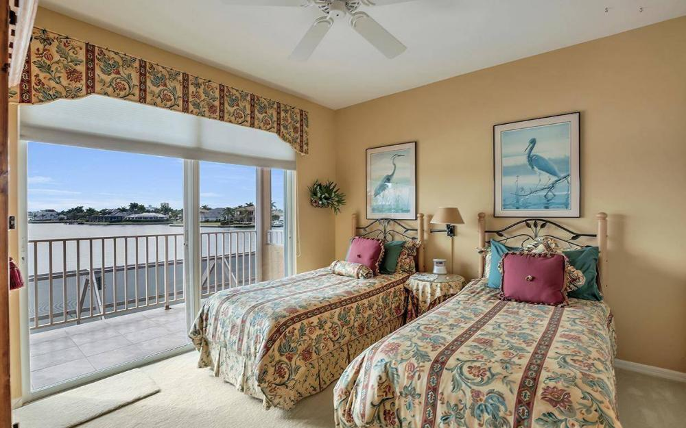 1275 Winterberry Dr, Marco Island - Home For Sale 1947238246