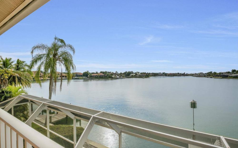 1275 Winterberry Dr, Marco Island - Home For Sale 55745213