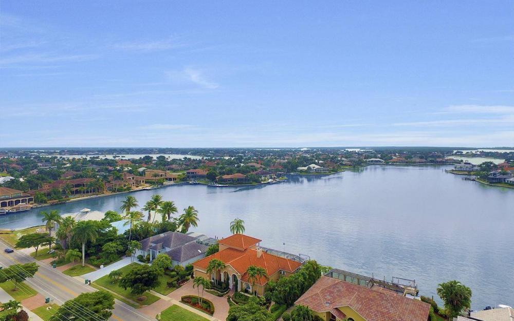 1275 Winterberry Dr, Marco Island - Home For Sale 848064777
