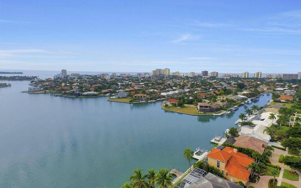 1275 Winterberry Dr, Marco Island - Home For Sale 295413161