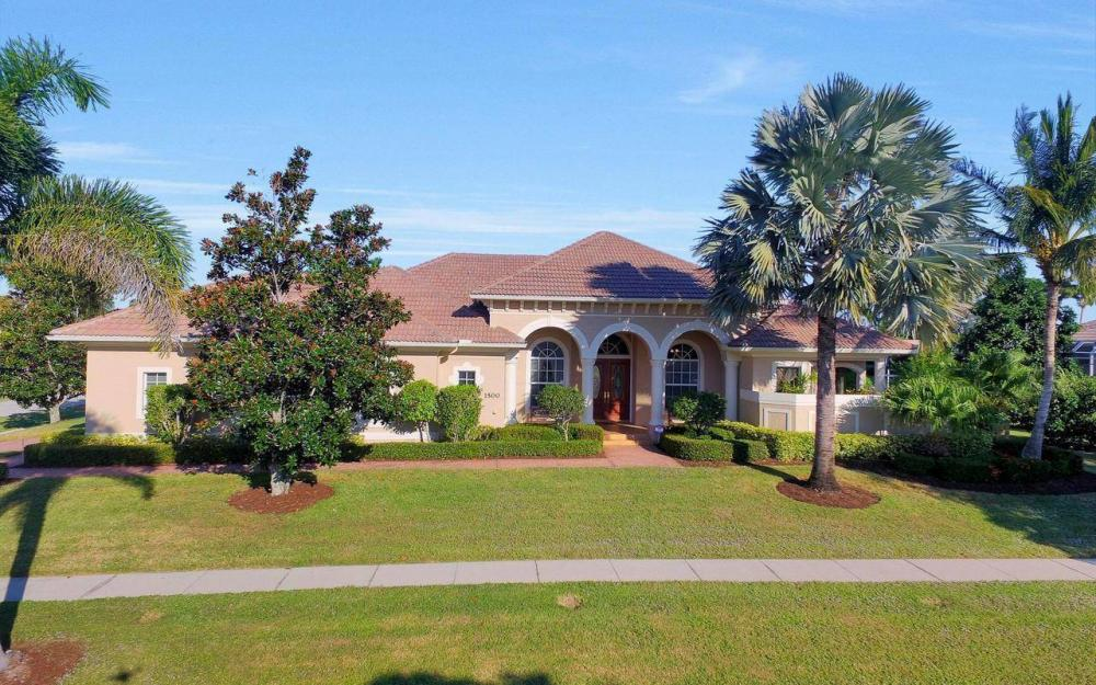 1500 Winterberry Dr, Marco Island - Home For Sale 1703182726