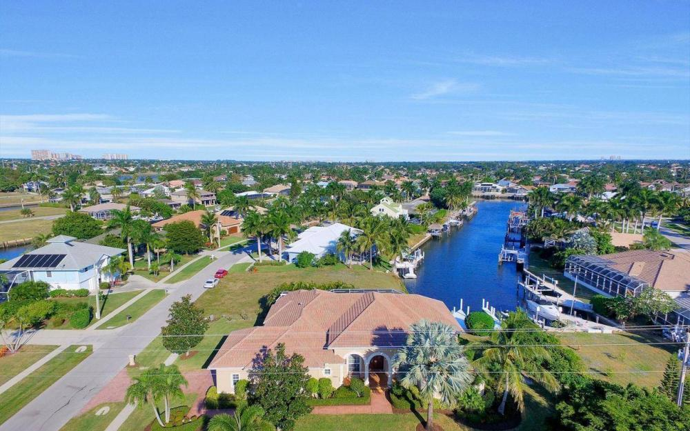 1500 Winterberry Dr, Marco Island - Home For Sale 984526850