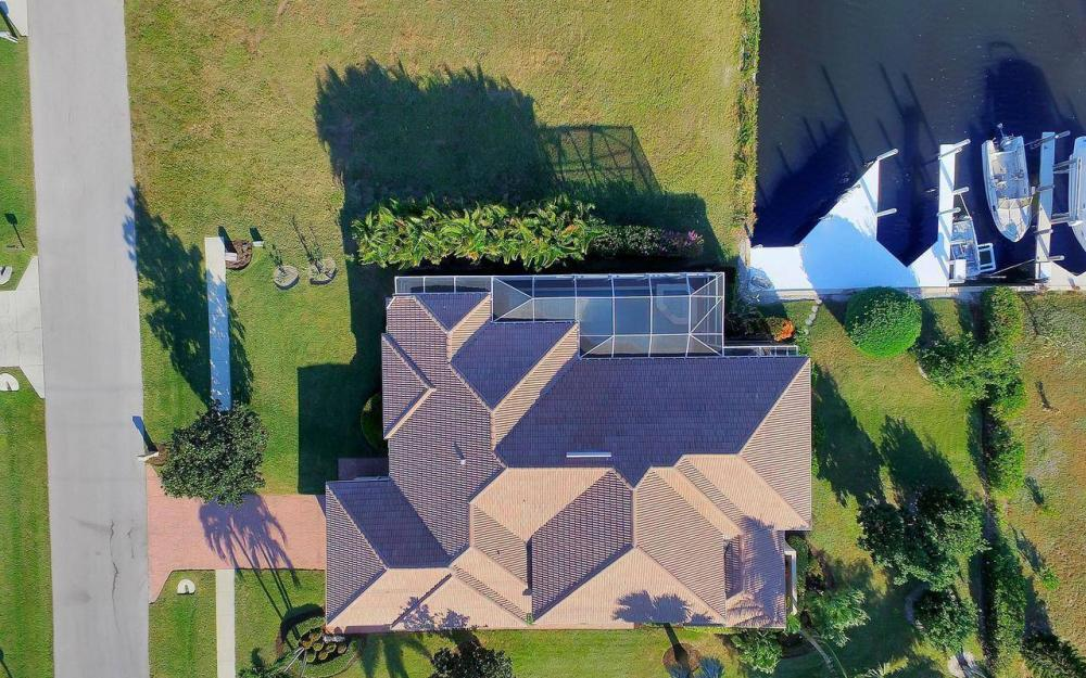 1500 Winterberry Dr, Marco Island - Home For Sale 321140395