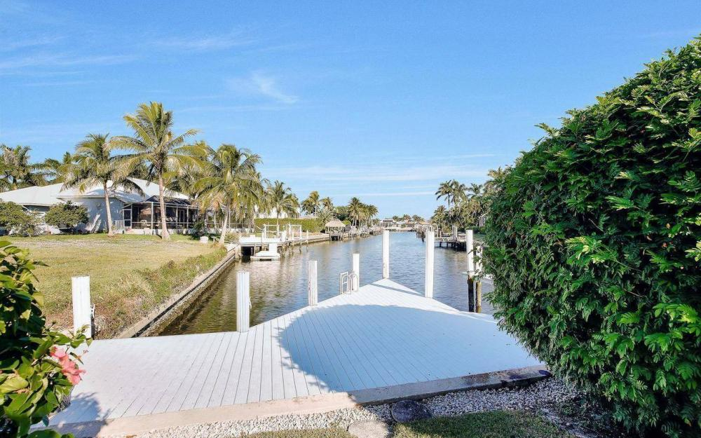 1500 Winterberry Dr, Marco Island - Home For Sale 2047585132
