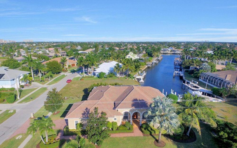 1500 Winterberry Dr, Marco Island - Home For Sale 1754038739