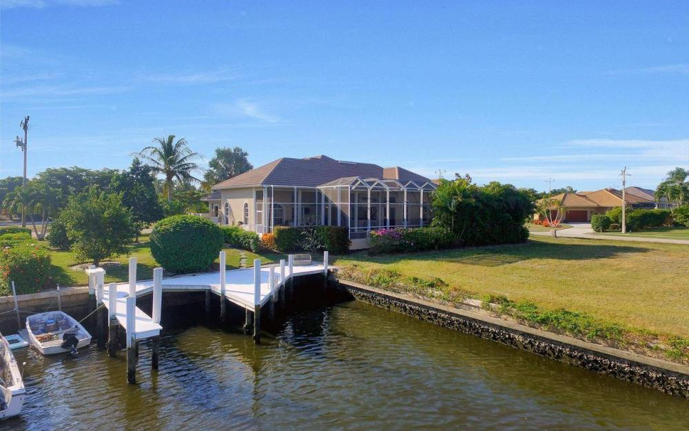 1500 Winterberry Dr, Marco Island - Home For Sale 1679622100