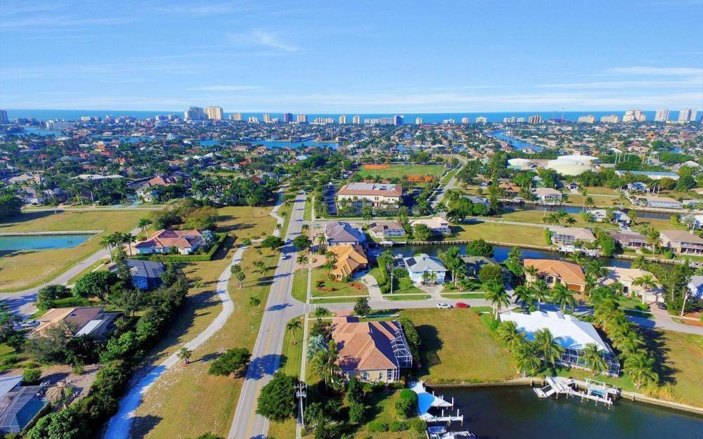 1500 Winterberry Dr, Marco Island - Home For Sale 1416816082