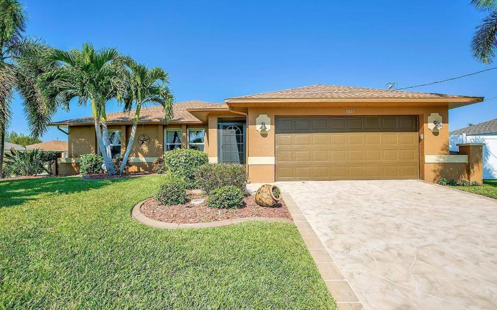 1017 SW 37th Ln, Cape Coral - Home For Sale 1981655020