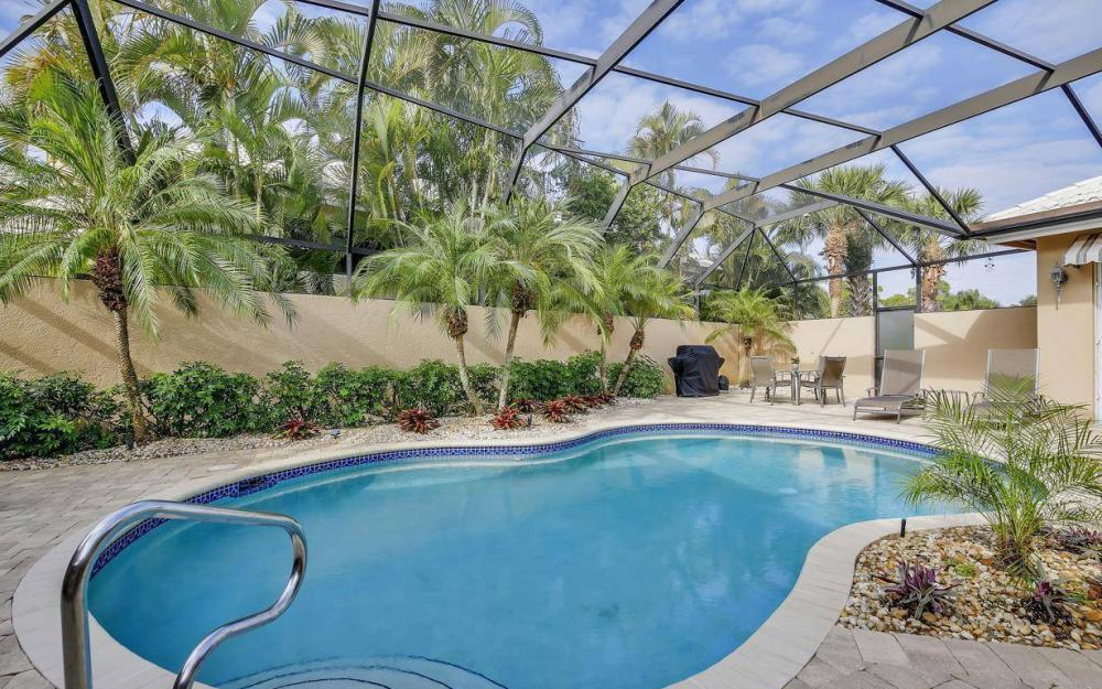 25030 Ascot Lake Ct, Bonita Springs - Home For Sale 2015661413