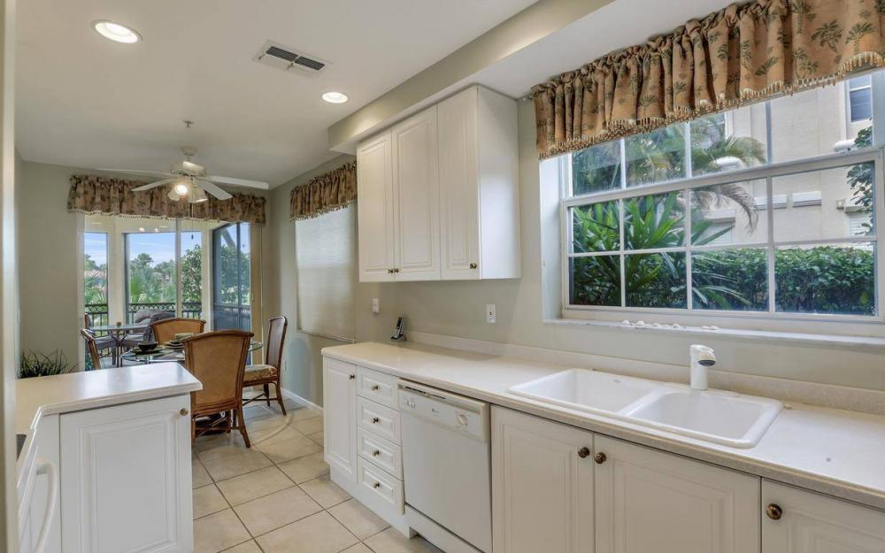 3950 Deer Crossing Ct #104, Naples - Home For Sale 312078889
