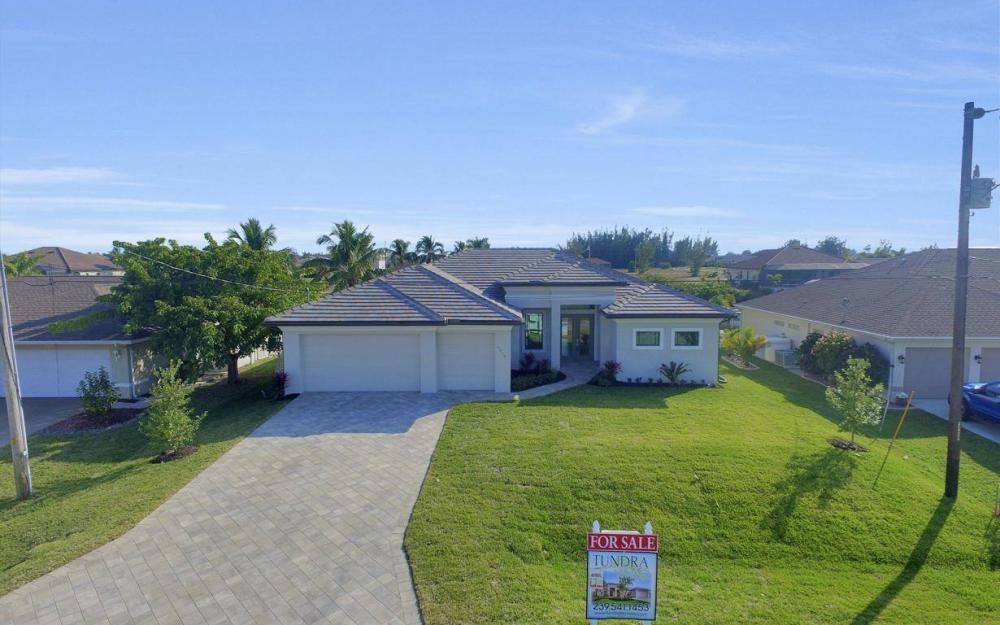 3410 NW 4th St, Cape Coral - Home For Sale 2146137534