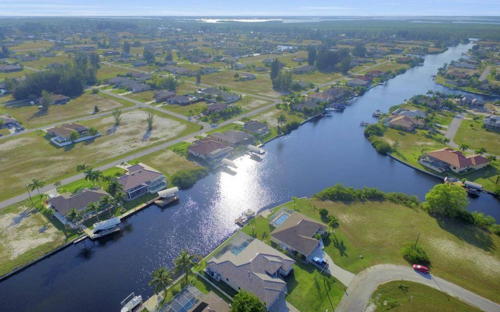 3410 NW 4th St, Cape Coral - Home For Sale 846259088