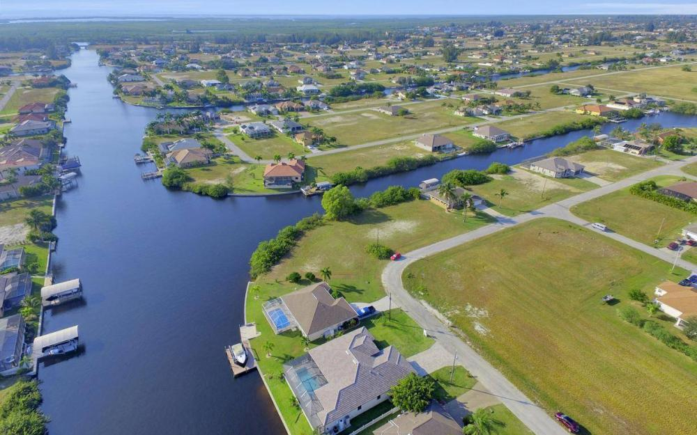 3410 NW 4th St, Cape Coral - Home For Sale 397829604