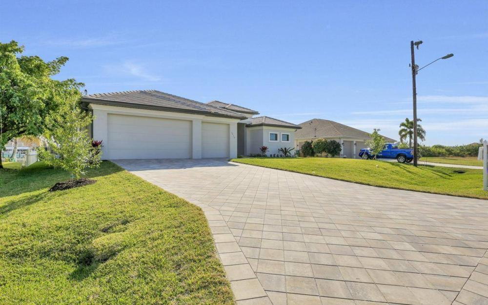 3410 NW 4th St, Cape Coral - Home For Sale 804976768
