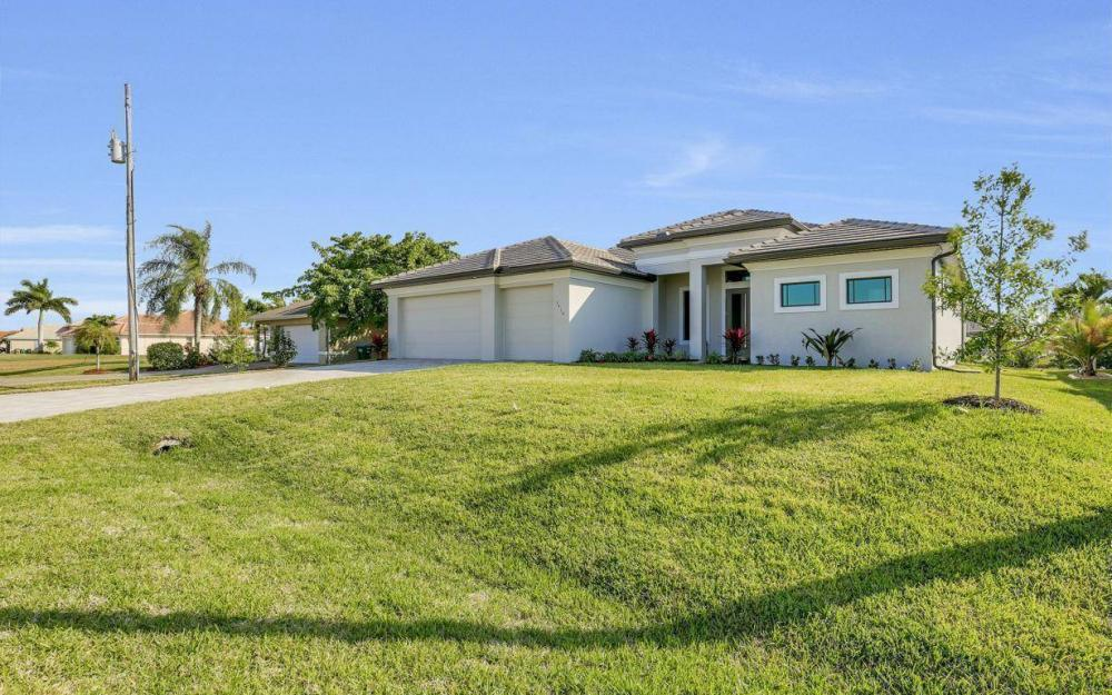 3410 NW 4th St, Cape Coral - Home For Sale 253457570