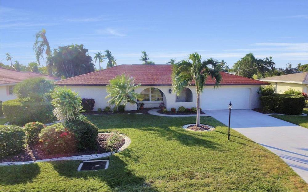 5322 Bayview Ct, Cape Coral - Home For Sale 935829362