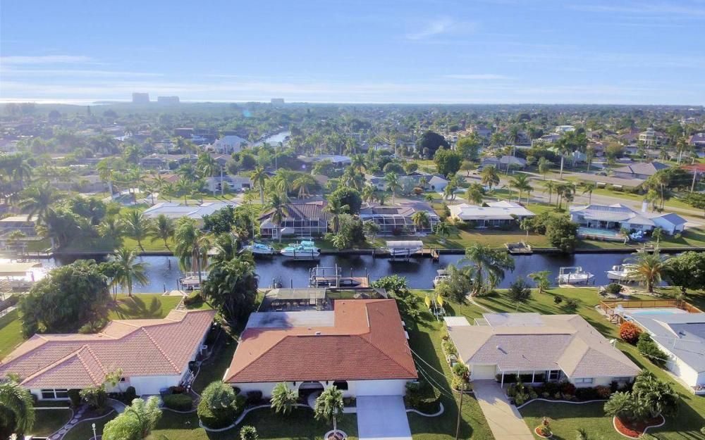 5322 Bayview Ct, Cape Coral - Home For Sale 1360392925