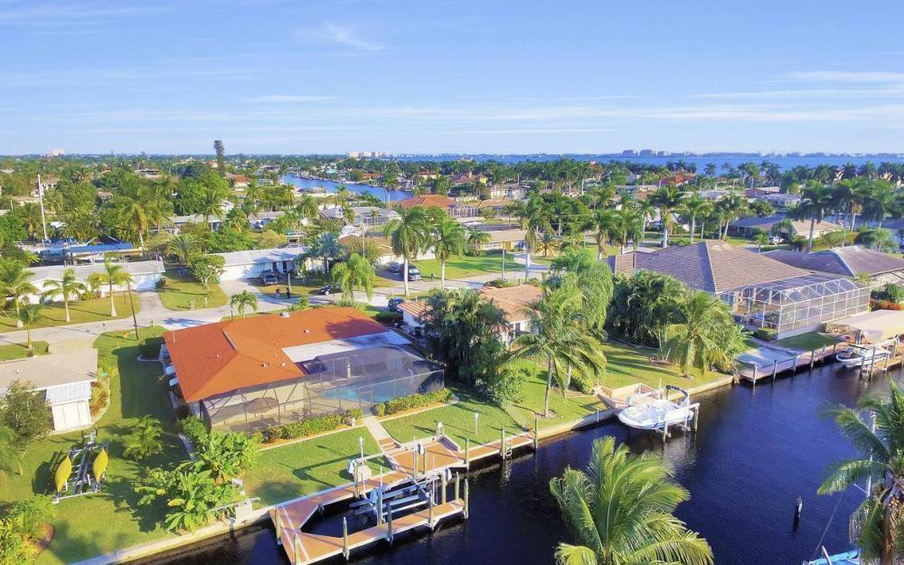 5322 Bayview Ct, Cape Coral - Home For Sale 1914114009