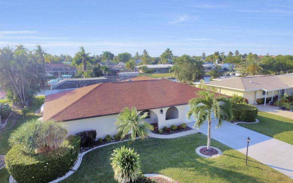 5322 Bayview Ct, Cape Coral - Home For Sale 224900628