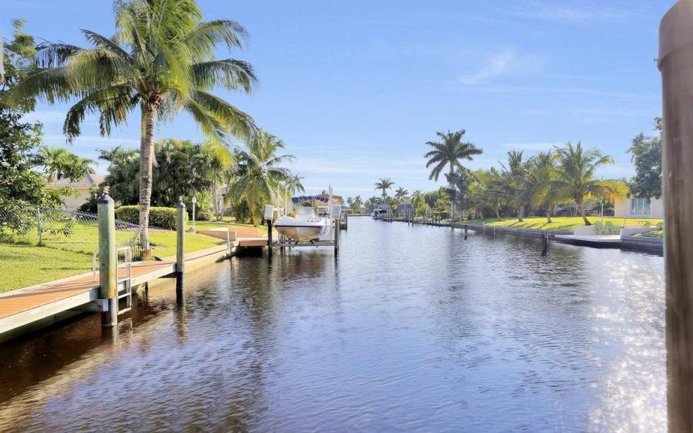 5322 Bayview Ct, Cape Coral - Home For Sale 23326918