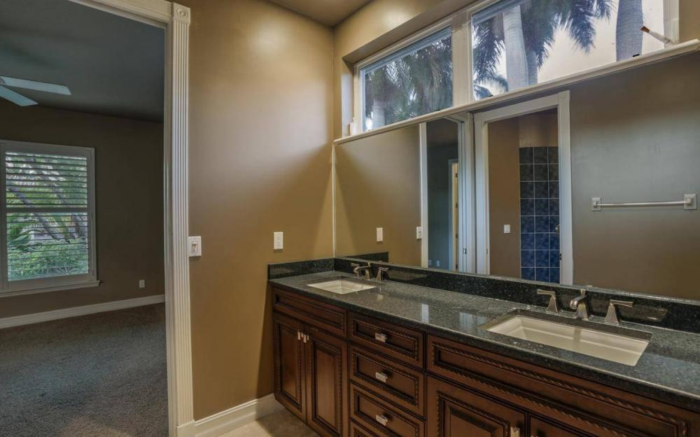 1523 Hermitage Ln, Cape Coral - Home For Sale 948371053