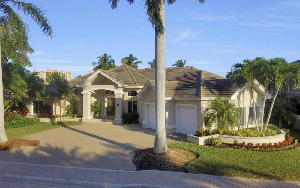 1523 Hermitage Ln, Cape Coral - Home For Sale 841022656