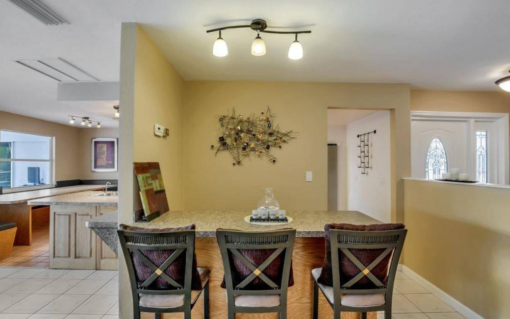 13879 Sleepy Hollow Ln, Fort Myers - Home For Sale 637959818