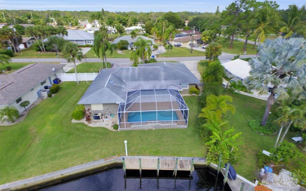13879 Sleepy Hollow Ln, Fort Myers - Home For Sale 1008482788