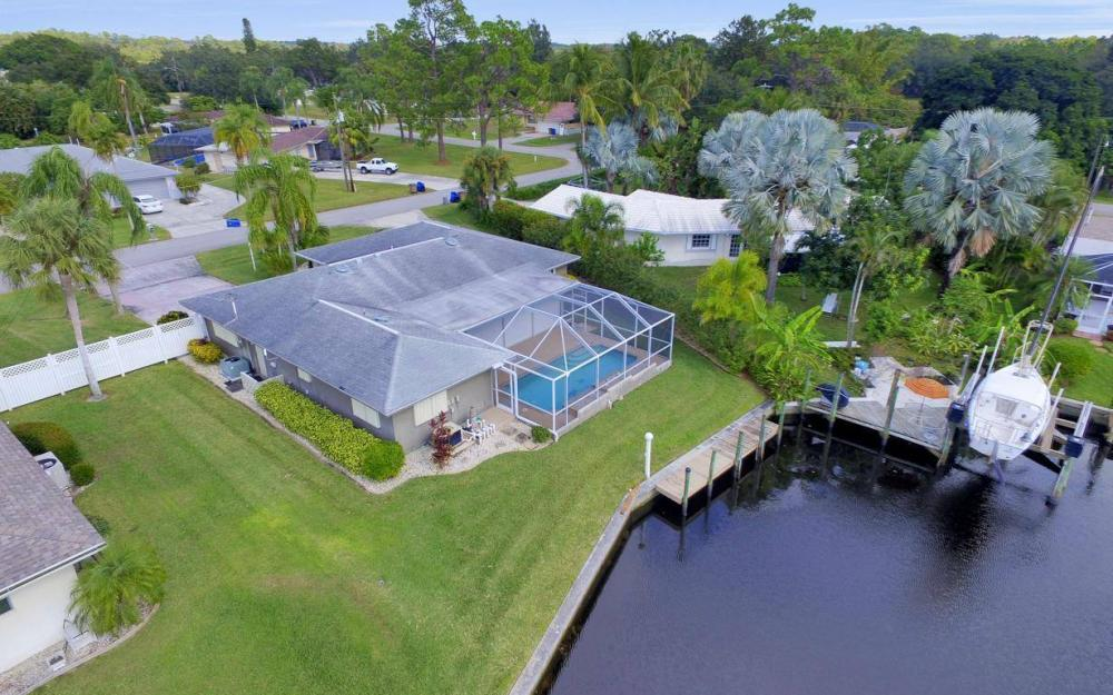 13879 Sleepy Hollow Ln, Fort Myers - Home For Sale 1356779086