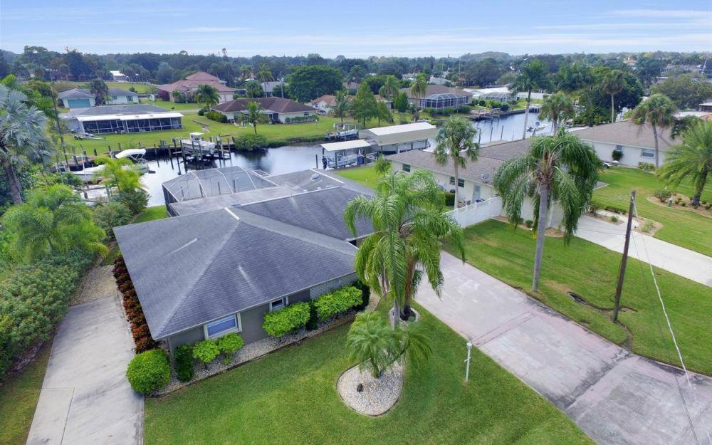13879 Sleepy Hollow Ln, Fort Myers - Home For Sale 443167834
