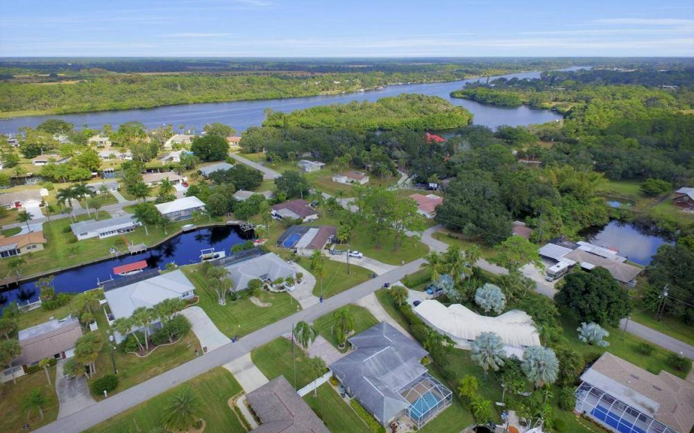 13879 Sleepy Hollow Ln, Fort Myers - Home For Sale 1613865961