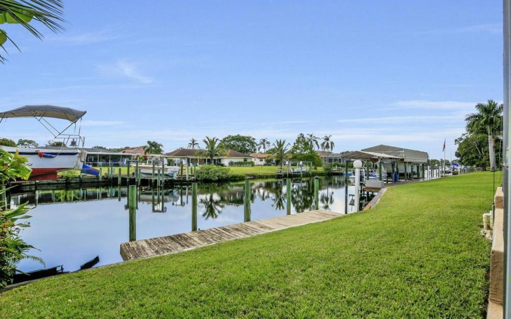 13879 Sleepy Hollow Ln, Fort Myers - Home For Sale 476426719