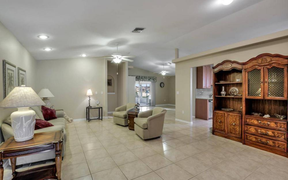 13890 White Gardenia Way, Fort Myers - Home For Sale 439990800