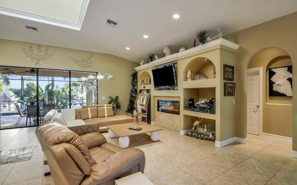 3816 SW 3rd Terrace, Cape Coral - Home For Sale 947049505