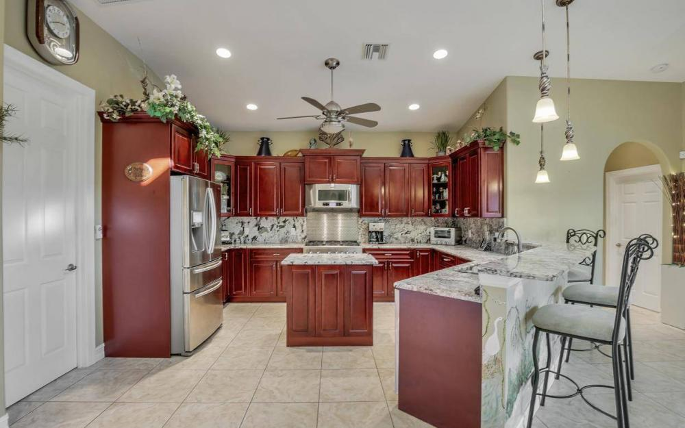 3816 SW 3rd Terrace, Cape Coral - Home For Sale 827753855