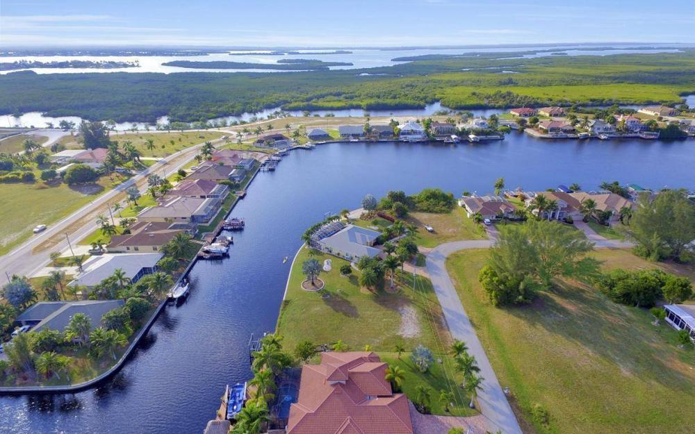 3816 SW 3rd Terrace, Cape Coral - Home For Sale 1632928774