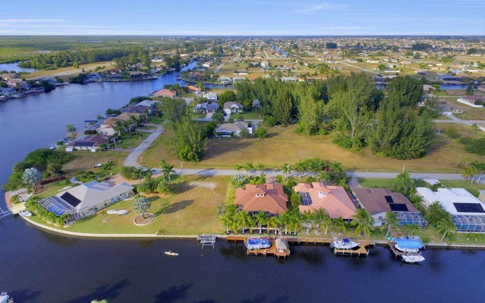 3816 SW 3rd Terrace, Cape Coral - Home For Sale 142214854